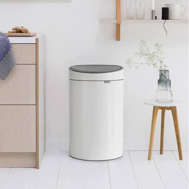 Cubo de basura modelo Touch Bin New, de Brabantia