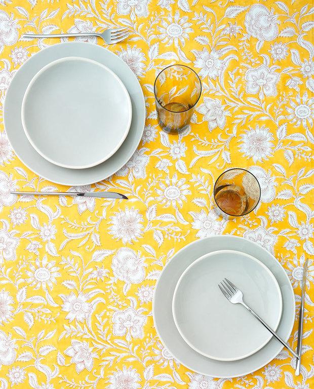 Estampados florales: mantel de Zara Home