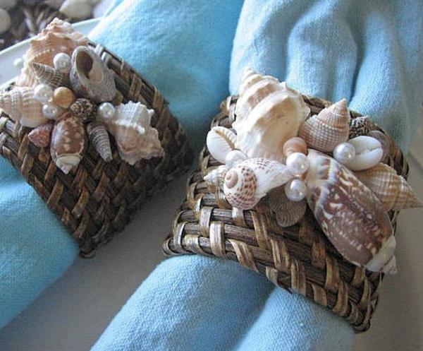 Servilleteros con pequeñas caracolas