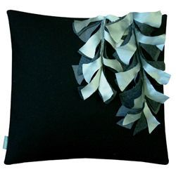 blooming-cushion-40x40silk-wysteria1