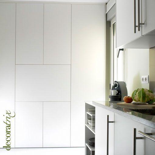 Una cocina con un armario de 10 cm de fondo - Armarios de cocina precios ...
