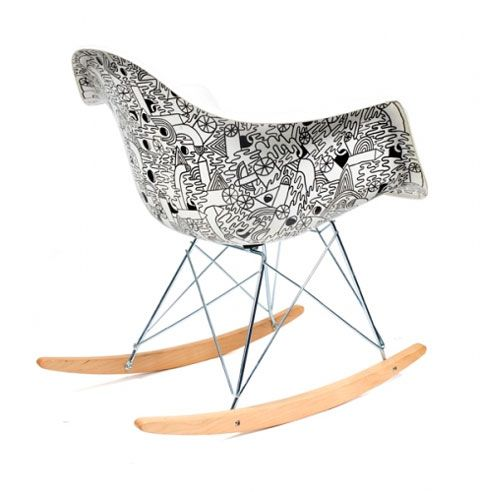 eames-plastic-side-chair