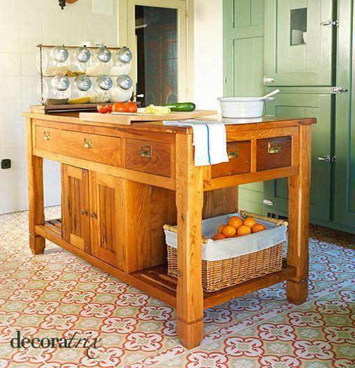 Cocina de estilo r stico con comedor de diario - Mesas de cocina rusticas ...