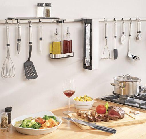 Utiles De Cocina | Utensilios De Cocina Colgados En La Pared