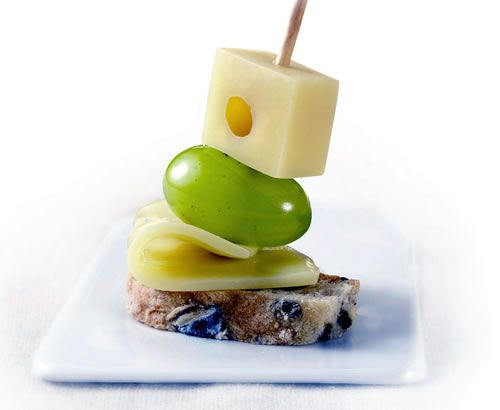 cocina-recipes-cheese-and-grapes-brochetas-de-queso