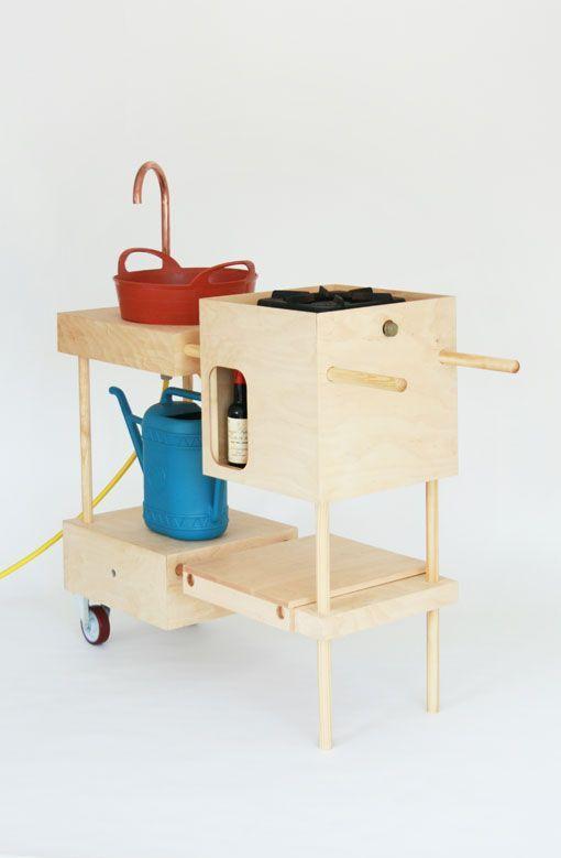 una cocina port til para el exterior. Black Bedroom Furniture Sets. Home Design Ideas
