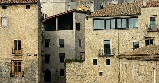 Casa rehabilitada en el casco viejo de Girona