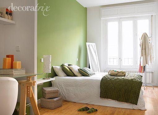 Dormitorio juvenil con zona de estudio y lectura for Decorar casa con muebles verdes
