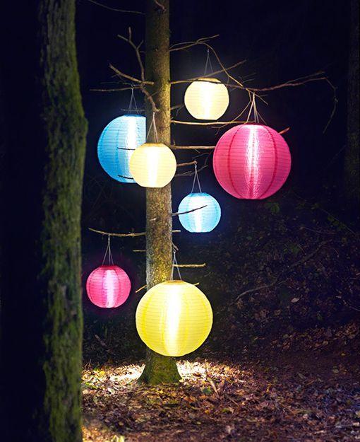 Iluminar el jard n con l mparas solares - Lamparas solares para jardin ...