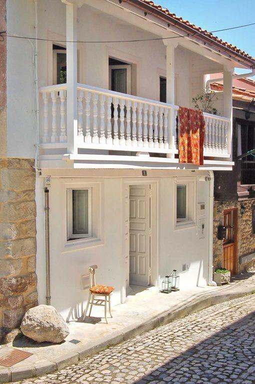 Casa de pueblo de estilo r stico actualizado - Casas con estilo rustico ...