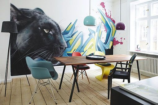 Decorar la pared del comedor con un grafiti