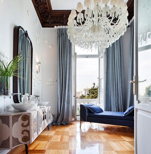 Cuarto de baño romántico y sofisticado