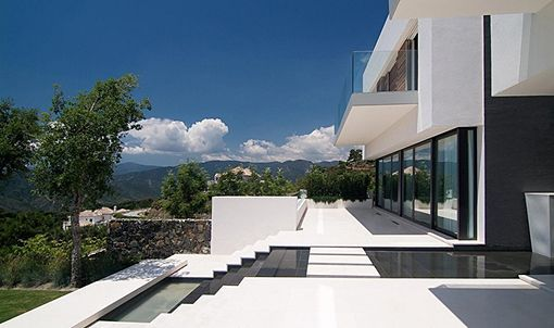 Casa en Andalucia by McLean Quinlan Architects