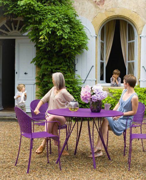 Los muebles de exterior de las terrazas parisinas