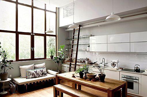 Cómo crear una decoración moderna con muebles clásicos