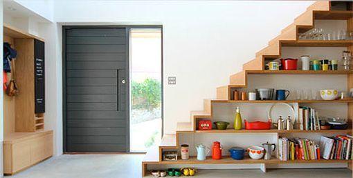 Escaleras con capacidad de almacenaje