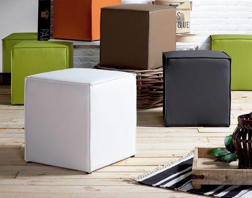 Muebles básicos para un salón moderno
