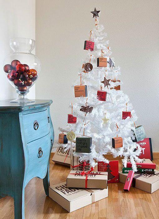 Adornos originales para decorar el rbol de navidad for Ideas originales para decorar en navidad