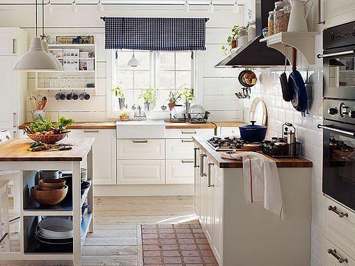 Cocinas blancas de todos los estilos: luz, amplitud y orden