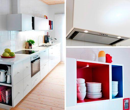 Cocina blanca con isla integrada en un sal n multifuncional - Ikea cocinas electrodomesticos ...