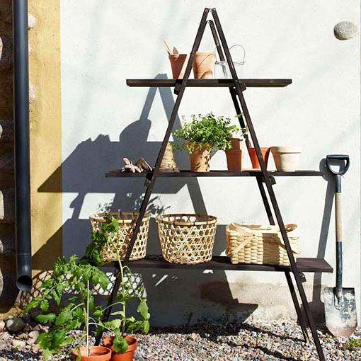 Reciclar una escalera de madera - Escaleras jardin ...