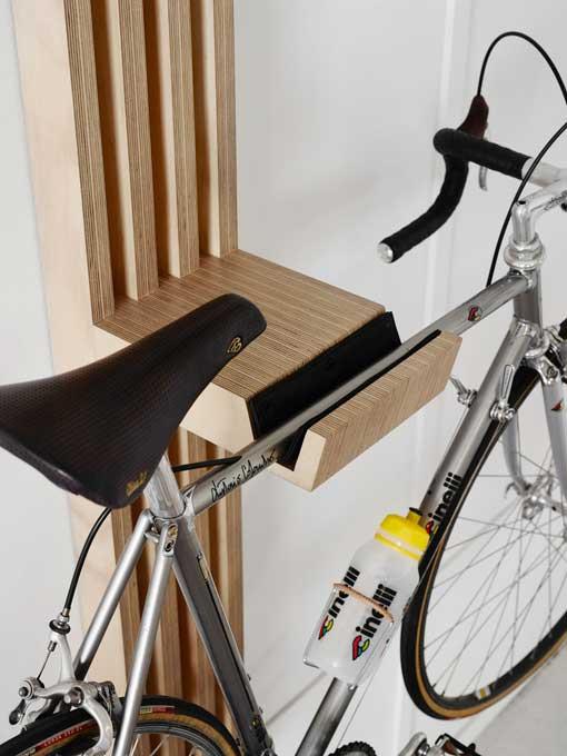 Soportes de pared para colgar bicicletas  escultura de madera 1720463f1835