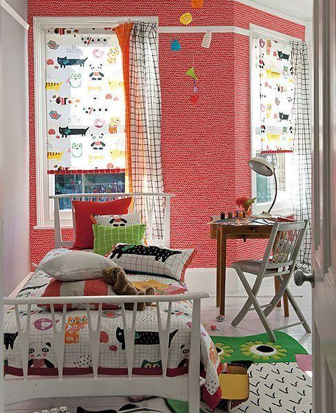 Ideas para decorar habitaciones infantiles telas papeles - Decorar muebles con tela ...
