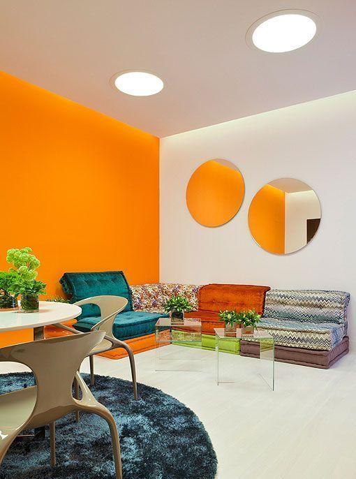 Pintar el sal n en naranja una propuesta fresca y luminosa - Pintura para salon comedor ...