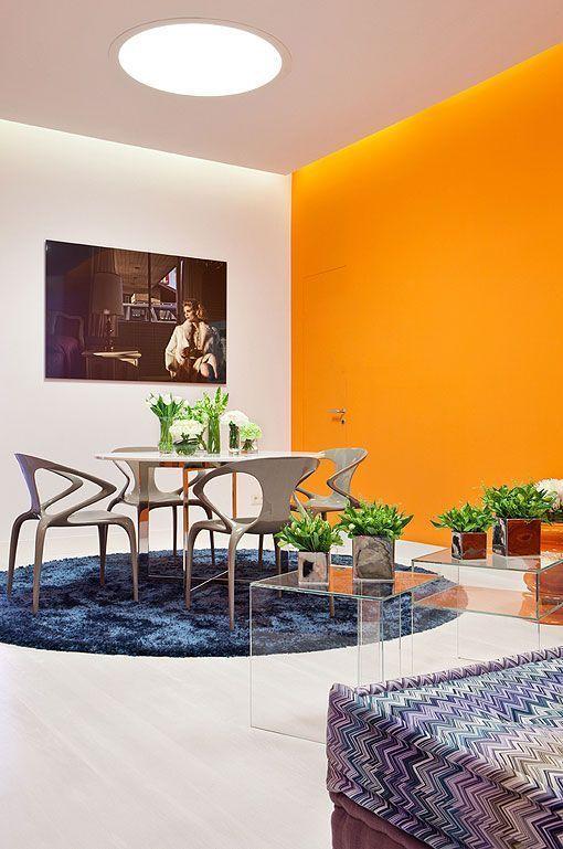 Pintar el salón en naranja: una propuesta fresca y luminosa