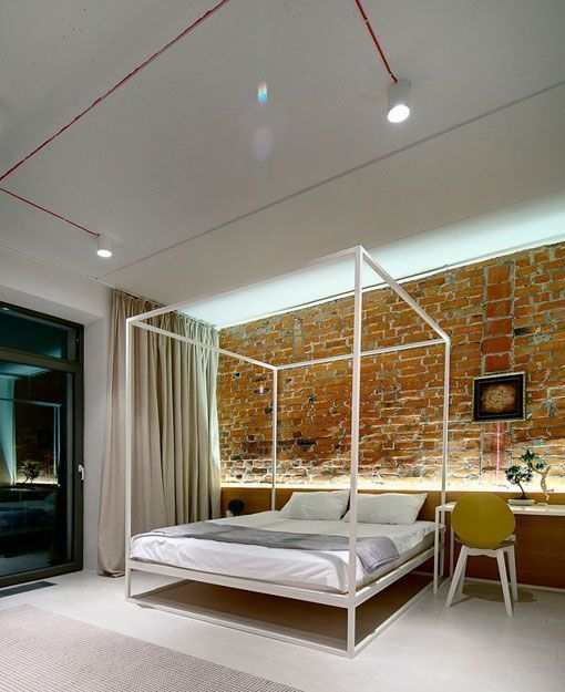 Ladrillo visto en interiores apartamento moderno de 90 m2 - Bancos para dormitorio matrimonio ...