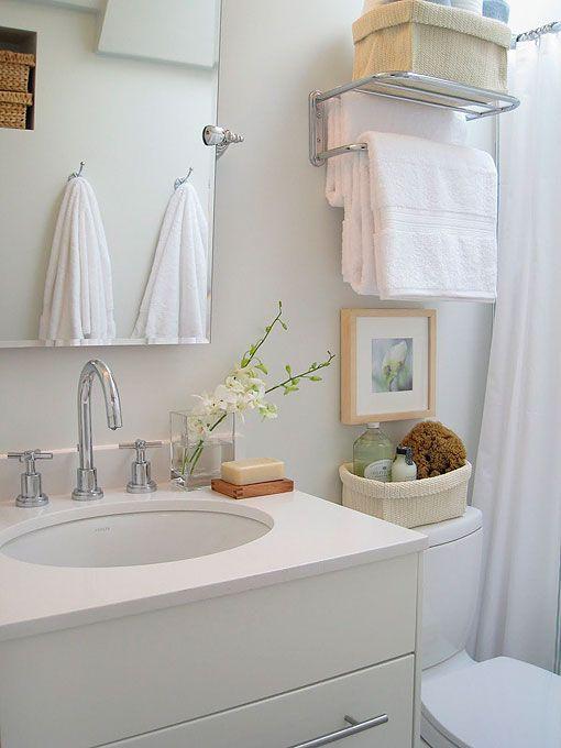 Ba os peque os con ideas y soluciones para sacar partido for Modelos de muebles para banos pequenos