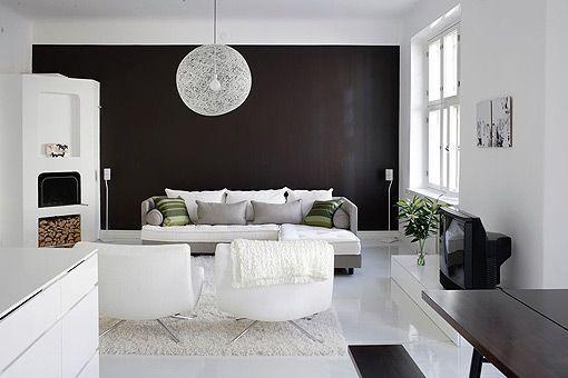 Decorar en negro 12 ideas para interiores modernos y - Formas de pintar paredes interiores ...