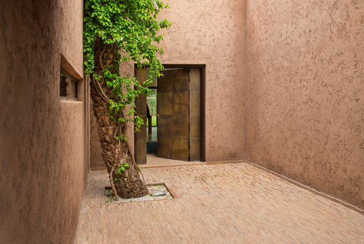 Entrada en una casa de lujo en el Domaine Royal Palm Marrakech