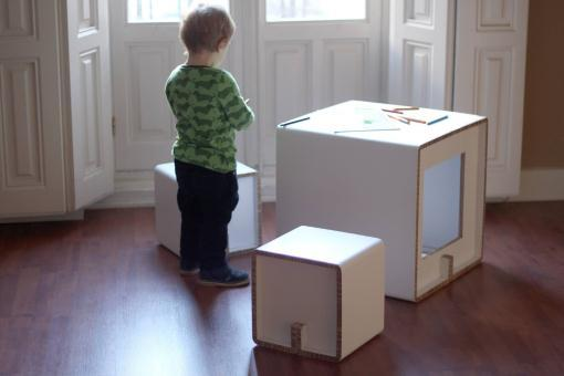 Muebles de cartón CARDBOARD FURNITURE AND PROJECTS (Cube Kid)