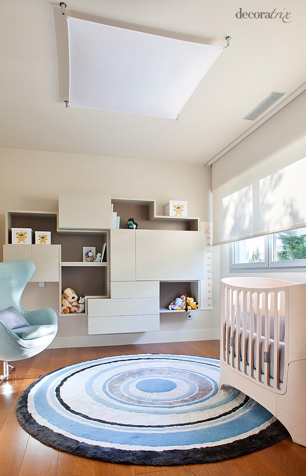 El cuarto del bebé en tonos neutros