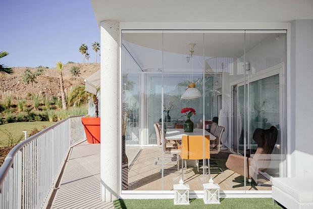 Cerramiento para terrazas con cortinas de cristal - Puertas para cerramientos ...
