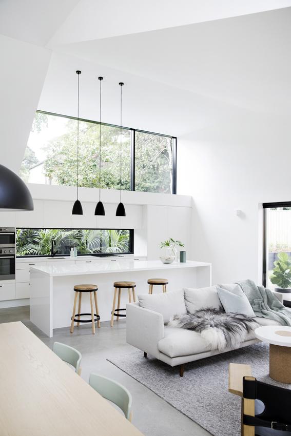 Reforma de salón, comedor y cocina de estilo minimalista