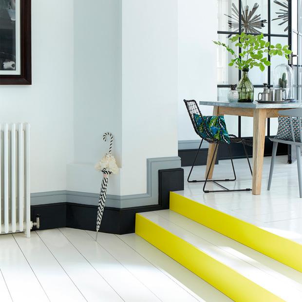 7 ideas para decorar la pared con pintura for Jaula de la escalera de color idea