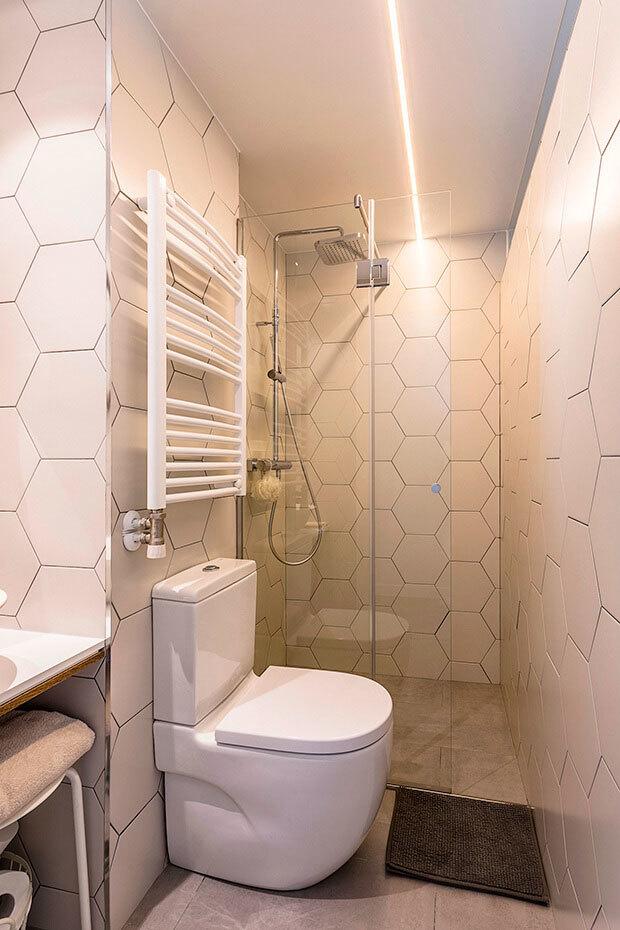 Reforma integral de un piso de 90 m for Piso ducha bano