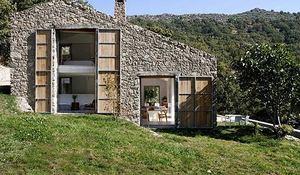 Casita de campo ibicenca tipo bungal for Casa holandesa moderna