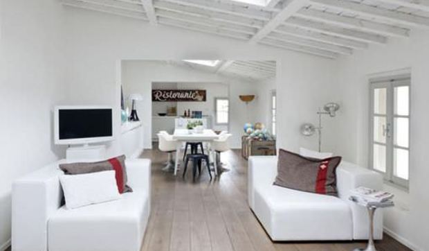 Apartamento moderno en una buhardilla