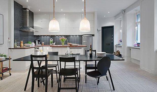 Moderna y espaciosa cocina con comedor y abierta al saln