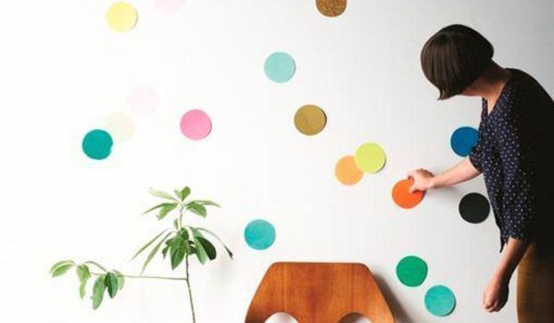 Decorar paredes con confetis gigantes