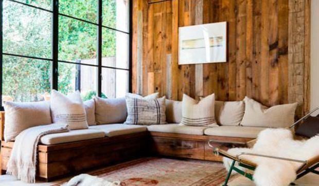 Salones rústicos modernos en blanco y madera