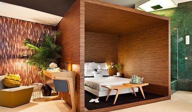 Suite moderna llena de color y texturas