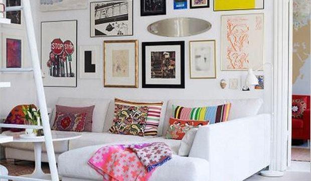 apartamento femenino lleno de detalles y con mucho color