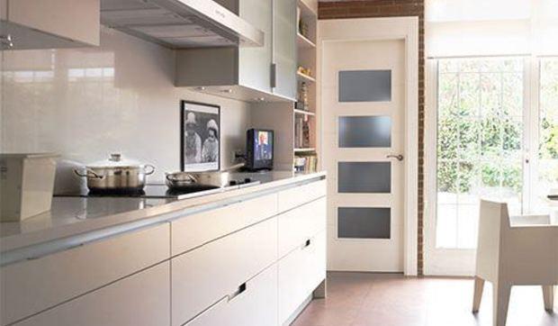 Una Cocina Blanca Y Moderna